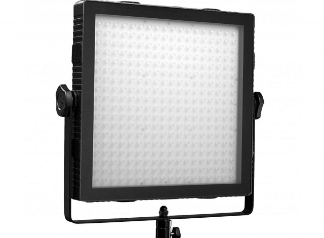 Find out more about hiring the Felloni Bicolor LED Panel